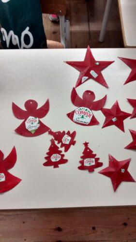 Colagem dos símbolos da Compal, da Tetra Pak e da FSC