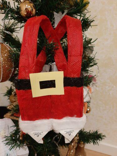 Fato do Pai Natal. Este trabalho foi realizado com uma criança e respetiva família.