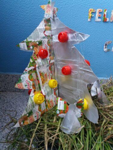 Árvore de Natal e Estrela Tetra Pak Compal