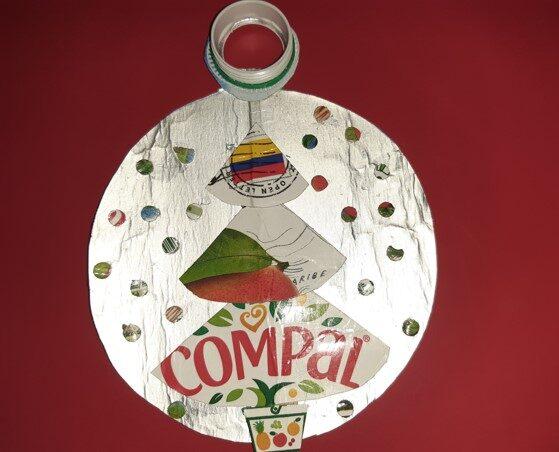 Bola de Natal realizada pela família do Gustavo G.
