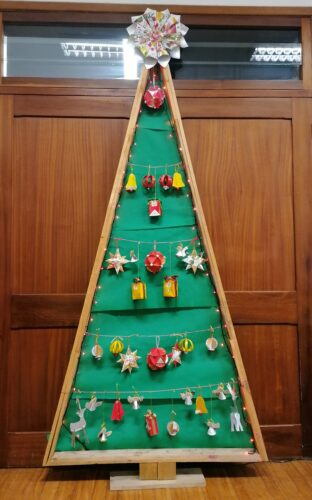 A nossa árvore de Natal ecológica.