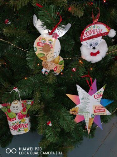 As Renas, o Pai Natal e a Estrela EB LNJ