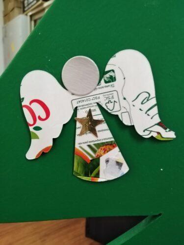 Enfeite anjo - embalagem Tetra Pak dos dois lados (imagem e prateado)