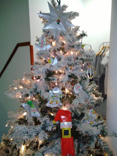 Mas depois, colocámos tudo na árvore de Natal.
