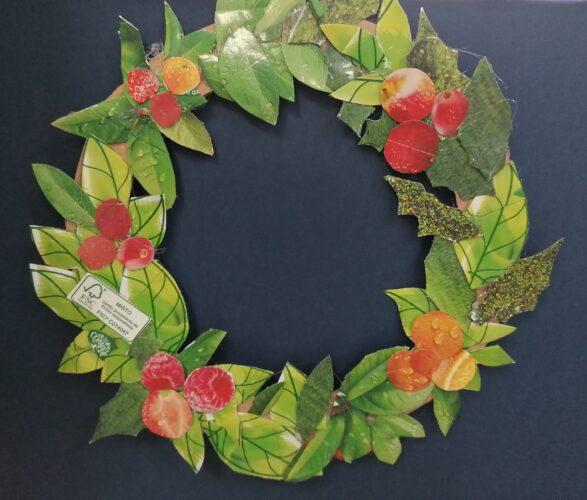 Imagem 6 imagem da coroa de natal e enfeite também mais votado pelo grupo