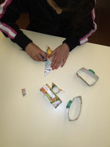 Estrelas<br/>Início do trabalho das estrelas na arte de dobragens de papel, origami