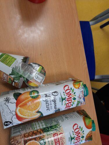 Seleção e limpeza das embalagens Tetrapak