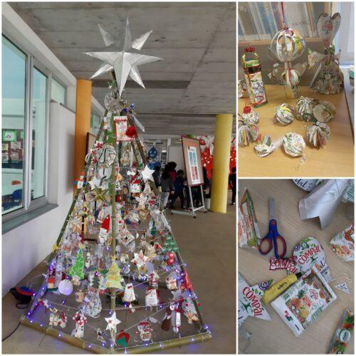 Árvore de Natal feita em canas de Bambu, montada no recinto com os trabalhos realizados por todos os alunos cumprindo.