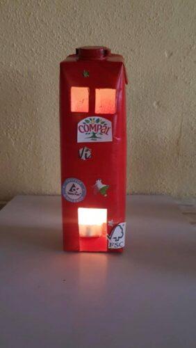 Lanterna de Natal - A Luz que ilumina o nosso Lar, neste Natal.